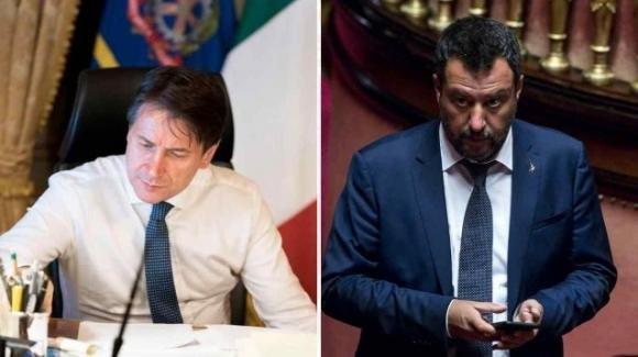 """Matteo Salvini vuole denunciare Giuseppe Conte: """"Favorisce l'immigrazione clandestina"""""""