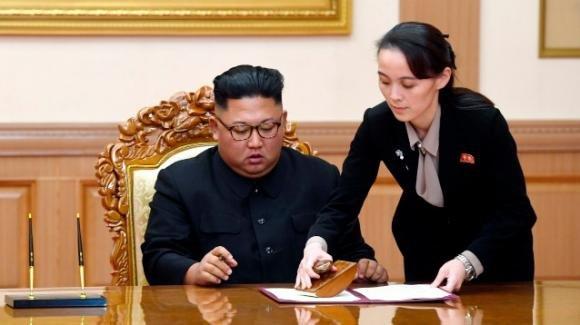 Kim Jong-un sarebbe in coma: la sorella minore pronta a succedergli