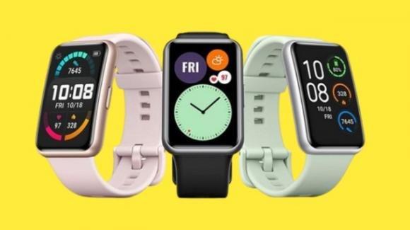 Huawei Fit: ufficiale lo smartwatch iper autonomo attento a sport e benessere