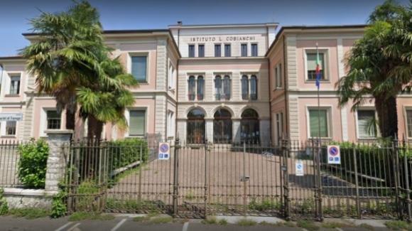 Verbania, chiude istituto scolastico per utente trovato positivo al Covid-19