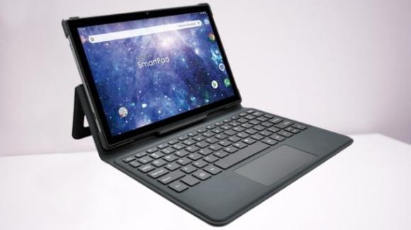 SmartPad 10 Azimut2: da Mediacom il tablet convertibile con 4G