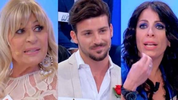Uomini e Donne, esterna tra Nicola Vivarelli e Valentina Autiero: la dama chiarisce la sua posizione