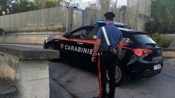 Ancona, va in caserma ubriaco e urina davanti all'ingresso: multa di 5mila euro