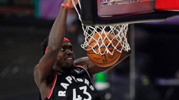 NBA Playoffs 2020: i Raptors ed i Nuggets vanno rispettivamente in parità contro Celtics e Clippers