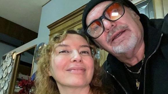 """Vasco Rossi stupisce, la dolce dedica per il compleanno della moglie Laura: """"Era perfetta per me"""""""