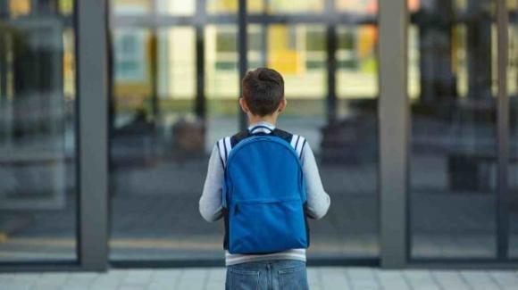 11enne si allontana dai genitori per non sentirli litigare, a 10km chiede aiuto ad una guardia giurata
