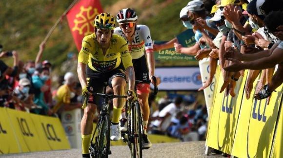 Tour de France, il punto dopo la seconda settimana: Roglič consolida la maglia gialla. Sorpresa Pogačar, crolla Bernal