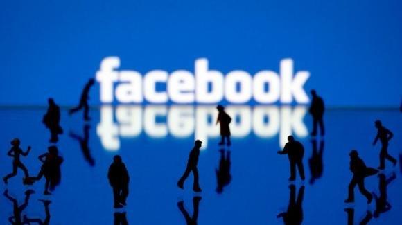 Facebook: roll-out per Watch together per Messenger, sviluppo migliorie interfaccia