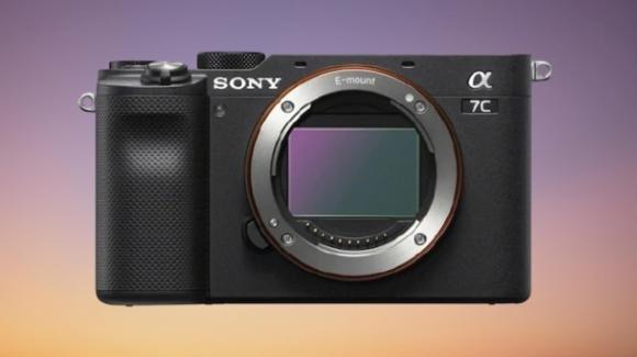 """Sony A7c: ufficiale la full frame più """"piccola e leggera al mondo"""""""
