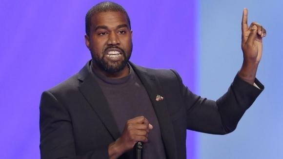 """Kanye West non ha dubbi: """"Michael Jackson e Prince sono stati uccisi dalle case discografiche"""""""