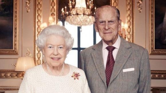 Il principe Filippo non vuole più vivere insieme alla regina Elisabetta
