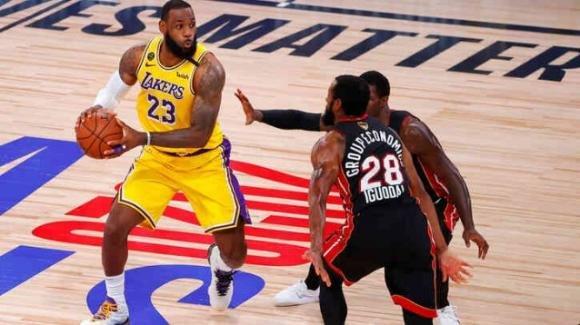 NBA The Finals 2020: strapotere dei Los Angeles Lakers contro i Miami Heat in gara 1