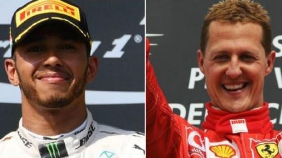 """Fernando Alonso su Lewis Hamilton: """"Per me Schumacher è un passo avanti"""""""