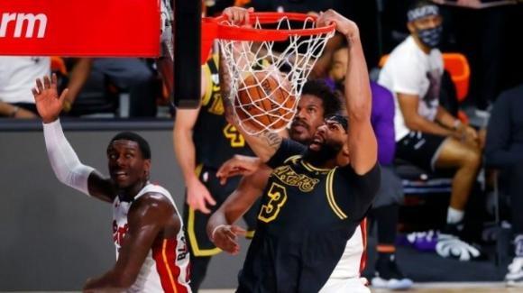 NBA The Finals 2020: vittoria semplice dei Lakers sugli Heat, serie sul 2-0