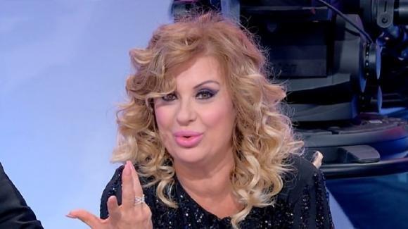 """Tina Cipollari svela la verità sulla De Blanck e Barbara D'Urso. Su Gemma dichiara: """"Non faccio bullismo"""""""
