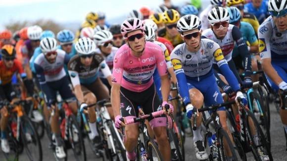 Giro d'Italia, il punto dopo la prima settimana: Almeida in rosa, ma Nibali resta il favorito