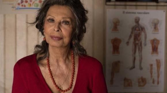 """La vita davanti a sé, il ritorno di Sophia Loren: """"Un film così speciale"""". Trama, cast e trailer"""