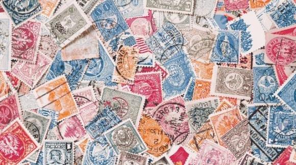 Il calcio torna nei francobolli con tre nuove celebrazioni