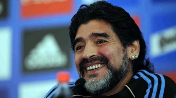 Diego Armando Maradona compie 60 anni: l'immensa carriera di uno dei giocatori più forti della storia