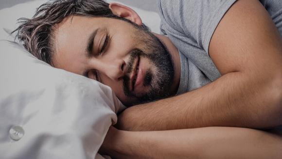 Tosse secca notturna: come prevenirla e contrastarla