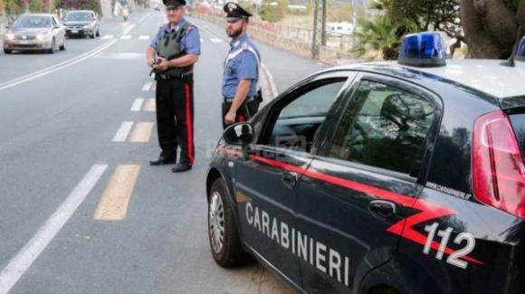 20enne viola la quarantena anche se positivo, fermato dai carabinieri: ecco cosa rischia