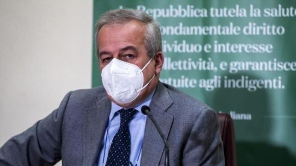 """Coronavirus, Franco Locatelli: """"Quest'anno dobbiamo scordarci grandi tavolate a Natale"""""""