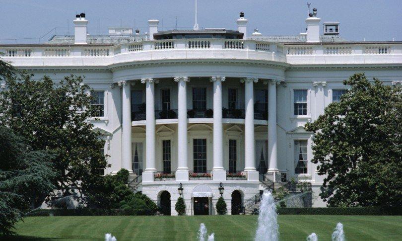 Covid, prima apparizione Trump post-voto: con noi mai un lockdown