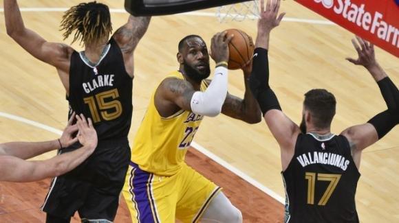 NBA, 5 gennaio 2021: i Lakers dominano in casa dei Grizzlies, i Nets travolgono i Jazz