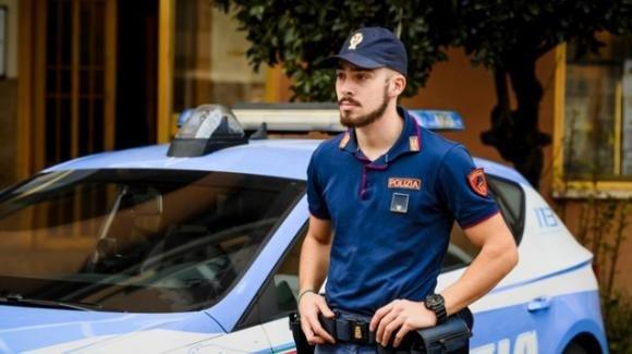 Acquistano cibo da asporto e lo consumano in un capannone: arrivano i carabinieri, multati