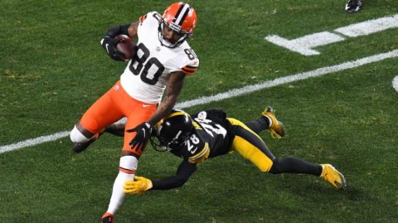 NFL 2020, wild card weekend: Browns a sorpresa vincitori sugli Steelers, i Rams colpiscono contro i Seahakws