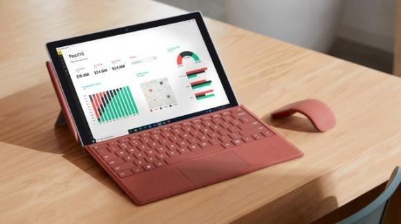 Microsoft Surface Pro 7+: ufficiale a sorpresa con opzione LTE e chip Intel di 11a gen