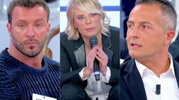 """U&D, Maria De Filippi riprende Michele e a Riccardo: """"Tu perché non intervieni?"""""""