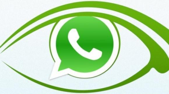 WhatsApp: polemiche sulle nuove policy, novità per gli adesivi su desktop e web