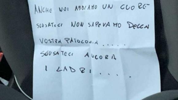 """Bari, ladri restituiscono auto rubata ad un disabile: """"Anche noi abbiamo un cuore, scusateci"""""""