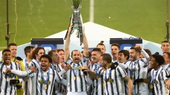 Supercoppa, primo trofeo per Andrea Pirlo: Juventus-Napoli 2-0