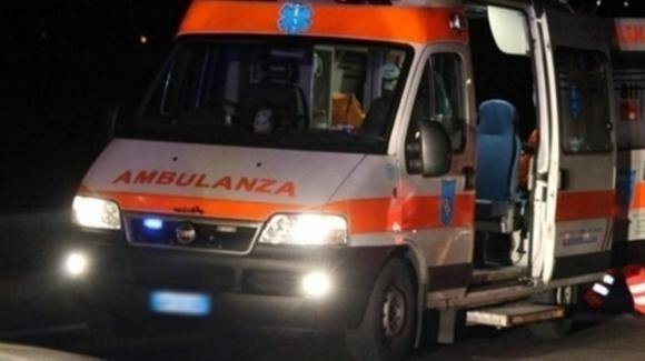 Bari, bimbo trovato impiccato nella sua casa: si ipotizza il suicidio