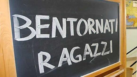 Si torna a scuola: una buona parte dell'Italia entra in zona gialla