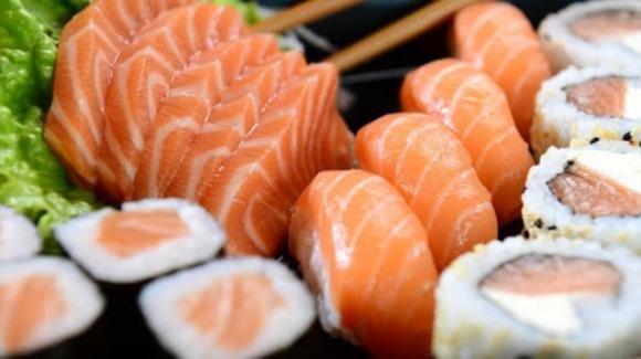 Foligno, 21enne ricoverata dopo aver mangiato sushi: ieri è stata sottoposta a trapianto del fegato