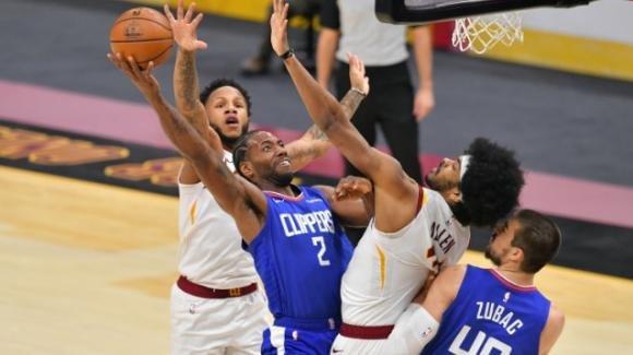 NBA, 3 febbraio 2021: i Clippers devastano fuori casa i Cavaliers, i Bucks battono i Pacers