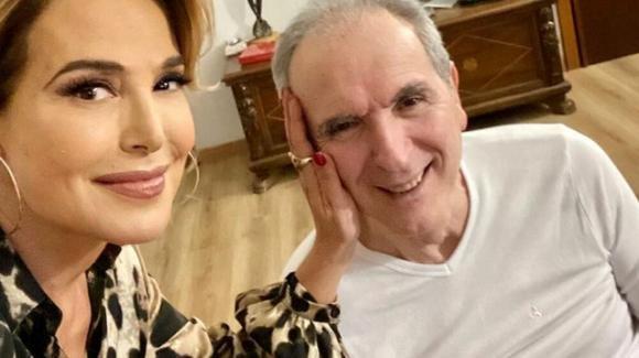 """Barbara D'Urso, la visita all'amico Lamberto Sposini e il tenero messaggio: """"Vi ama tutti"""""""