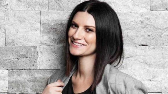 Laura Pausini e Paolo Carta hanno denunciato Alda D'Eusanio: il comunicato