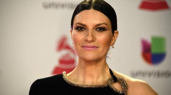 Dopo le gravi accuse di Alda D'Eusanio, Laura Pausini pubblica un post