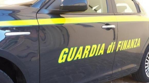 Svuotano i loculi del cimitero e bruciano i cadaveri: arrestate tre persone a Tropea