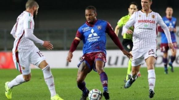 Serie B: sconfitta all'ultimo secondo per la Reggiana, vince il Chievo