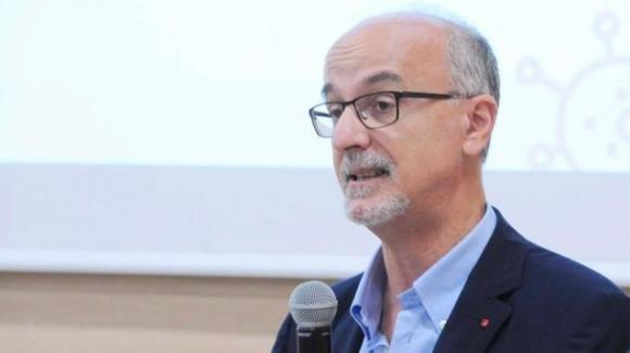 """Covid-19, Pier Luigi Lopalco: """"C'è un calo dell'attenzione, introdurre restrizioni più severe"""""""
