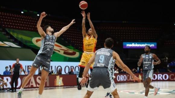 Final 8 Coppa Italia, l'Happy Casa Brindisi si arrende: Pesaro in finale con Milano