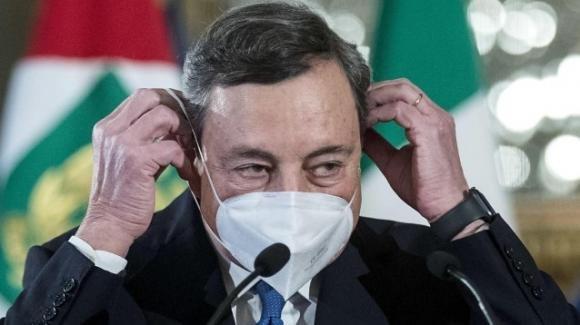 Covid-19, Governo Draghi e lotta alla pandemia: tutte le strategie, no a lockdown totale