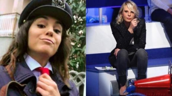 """C'è posta per te, la postina Chiara Carcano svela un retroscena: """"Hanno chiamato la polizia"""""""