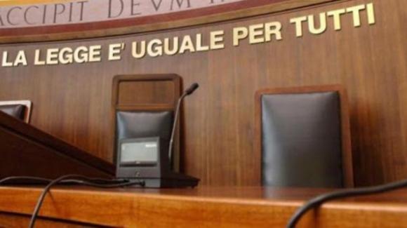 Limbadi, ex moglie della 'Ndrangheta ridotta in schiavitù da suocera e marito. La donna ora è testimone di giustizia