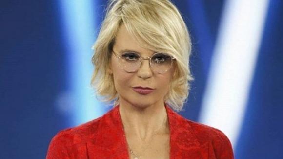 """Covid, Maria De Filippi si racconta: """"Molta paura, mentivo a Maurizio"""" e sul Festival di Sanremo: """"Incomprensibile!"""""""